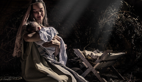mary holding baby